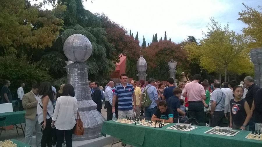 parque ajedrez gigante madrid chess