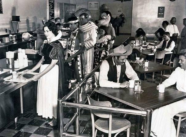 Trabajadores Disneyland hora de comer