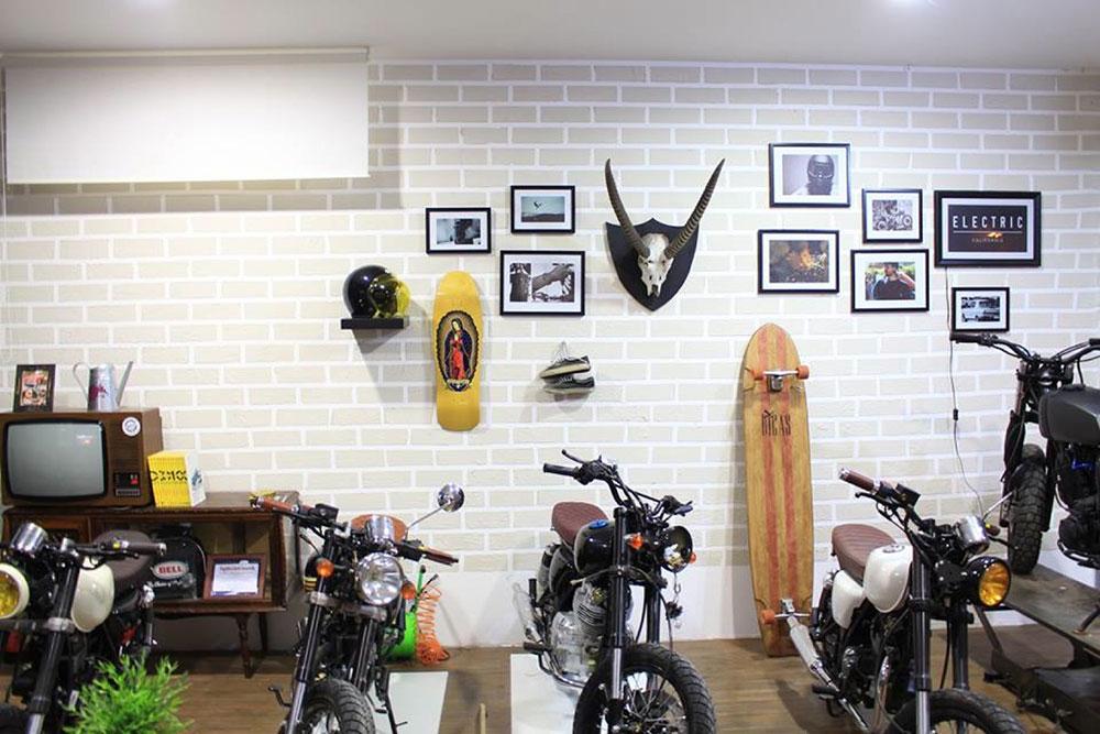 backdoor espinho shop motorcycles