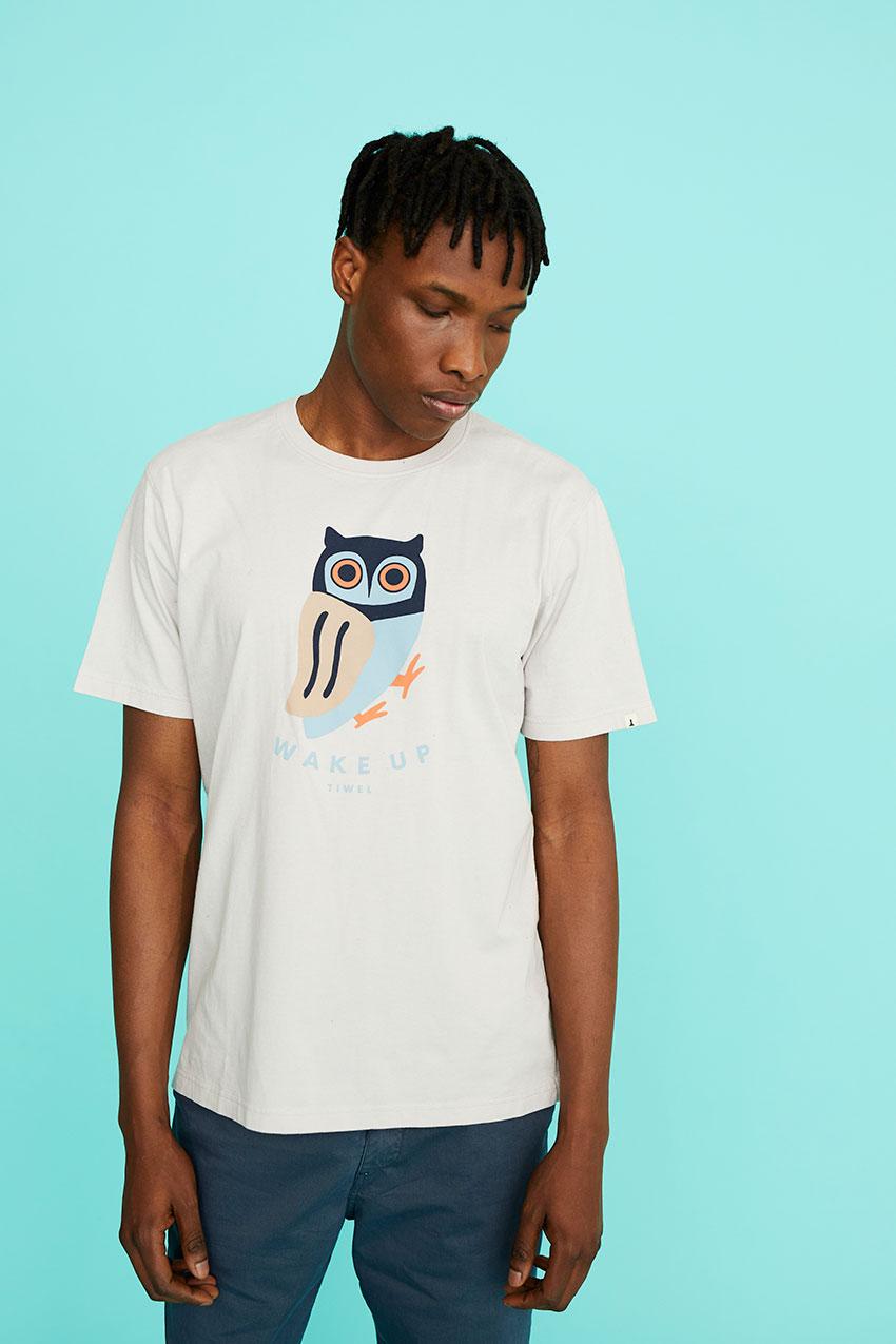 Camiseta Awake 05