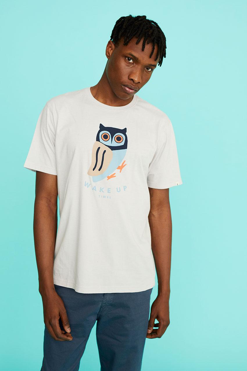 Camiseta Awake 06