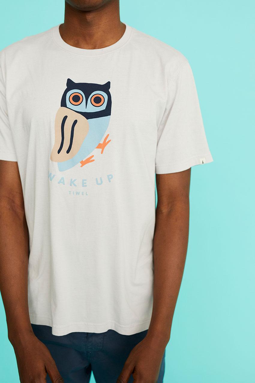 Camiseta Awake 08