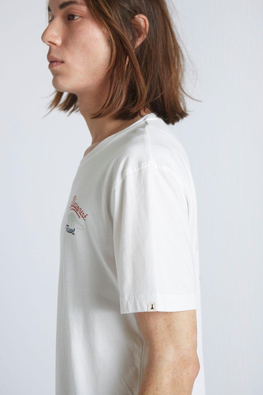 Camiseta-Illusionist-Tiwel-Snow-White-04