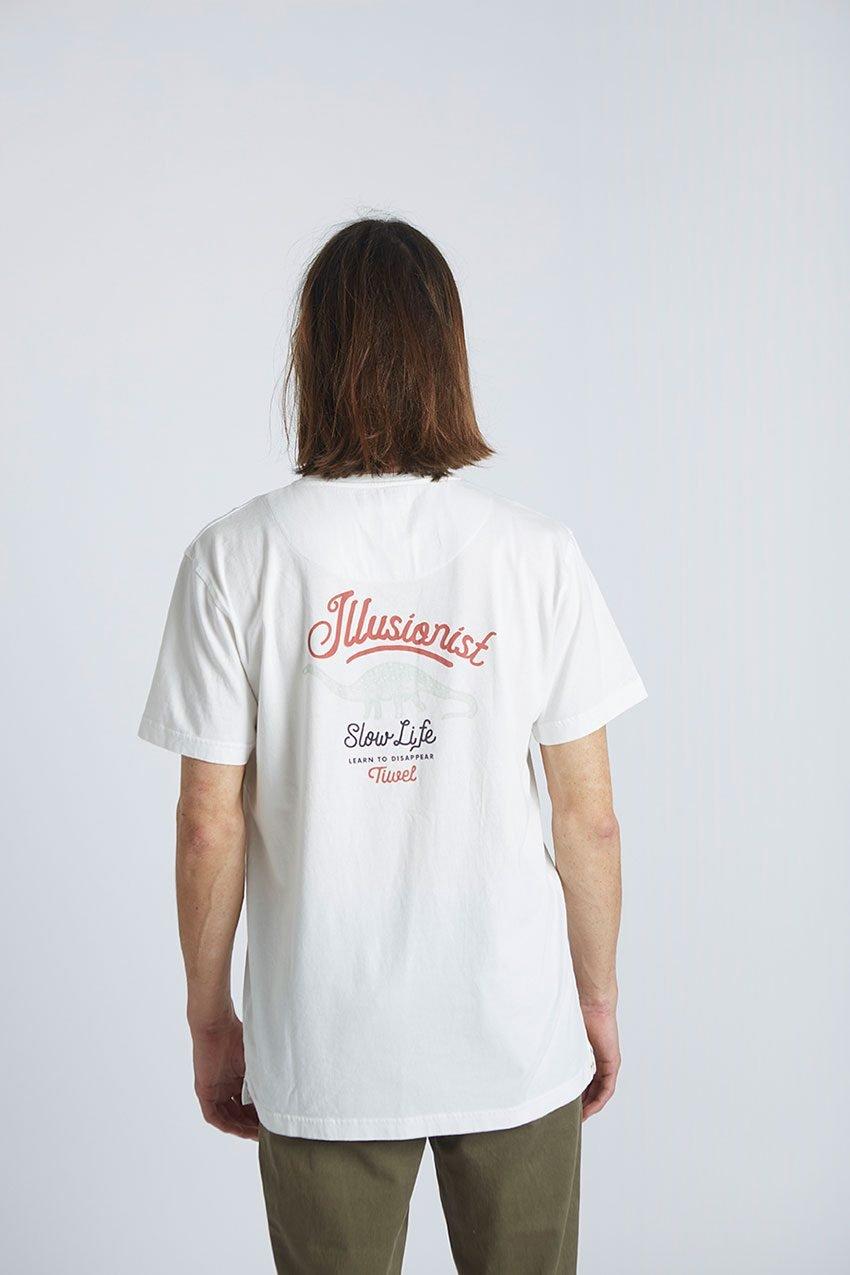 Camiseta-Illusionist-Tiwel-Snow-White-05