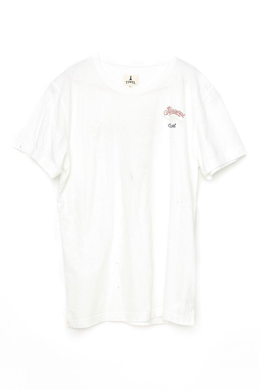 Camiseta-Illusionist-Tiwel-Snow-White