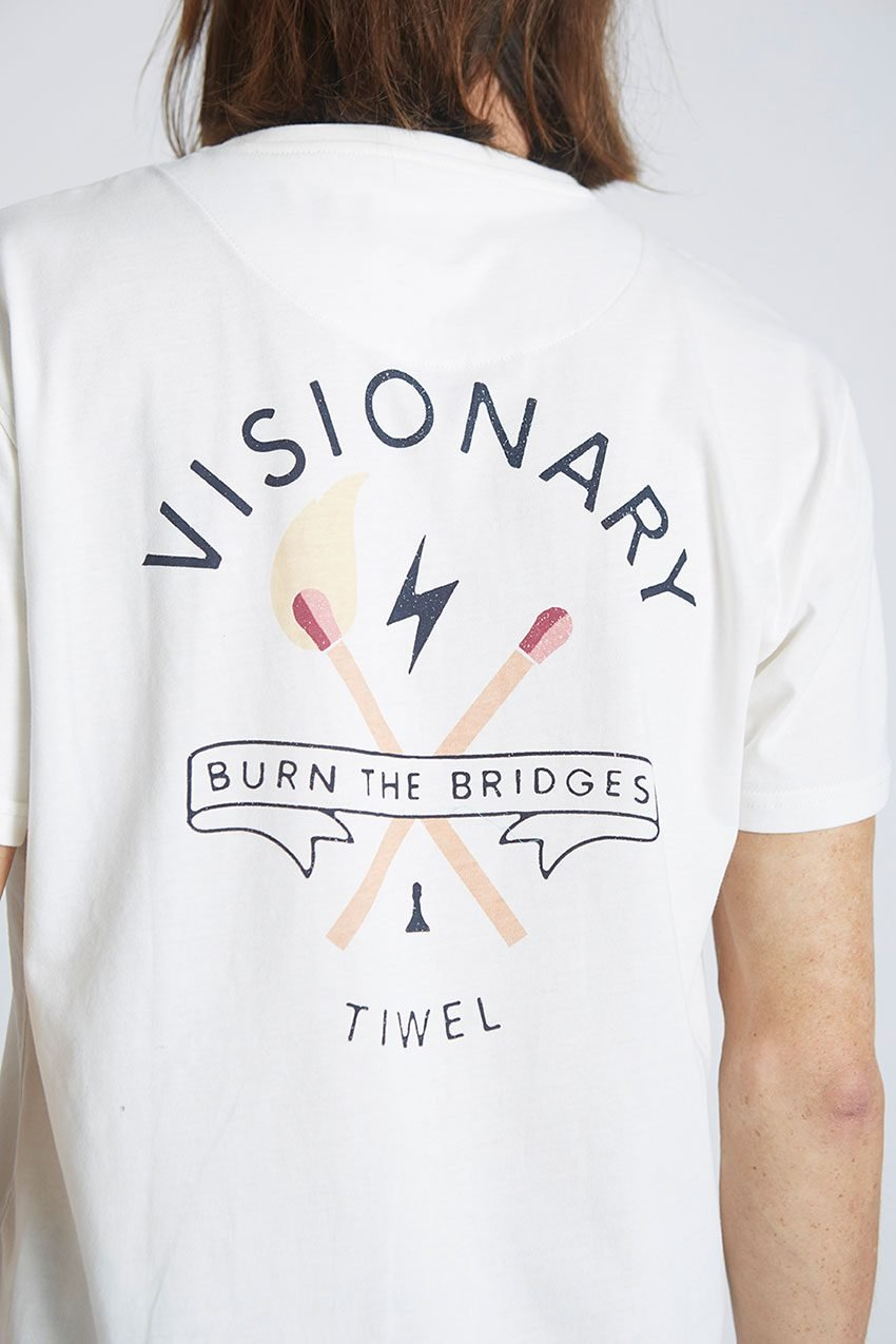 Camiseta-Visionary-Tiwel-Snow-White-05