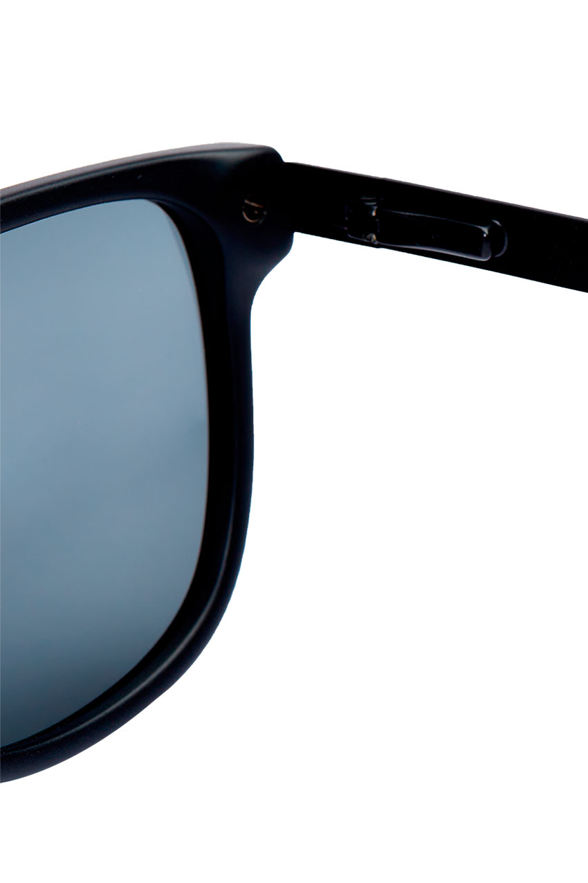 Eclipse-Black-Sunglasses-Muroexe-04