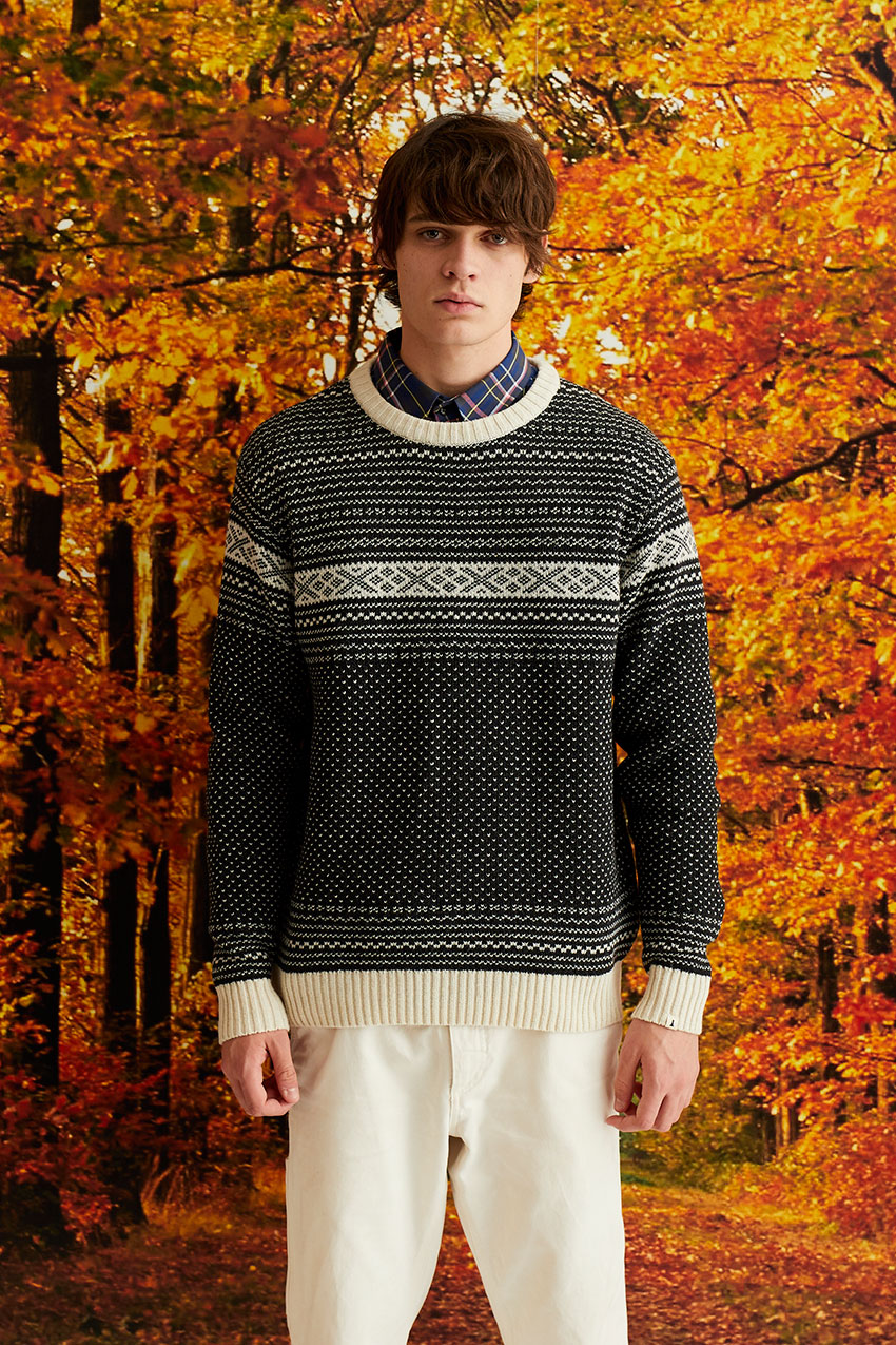 Evora Sweater 04