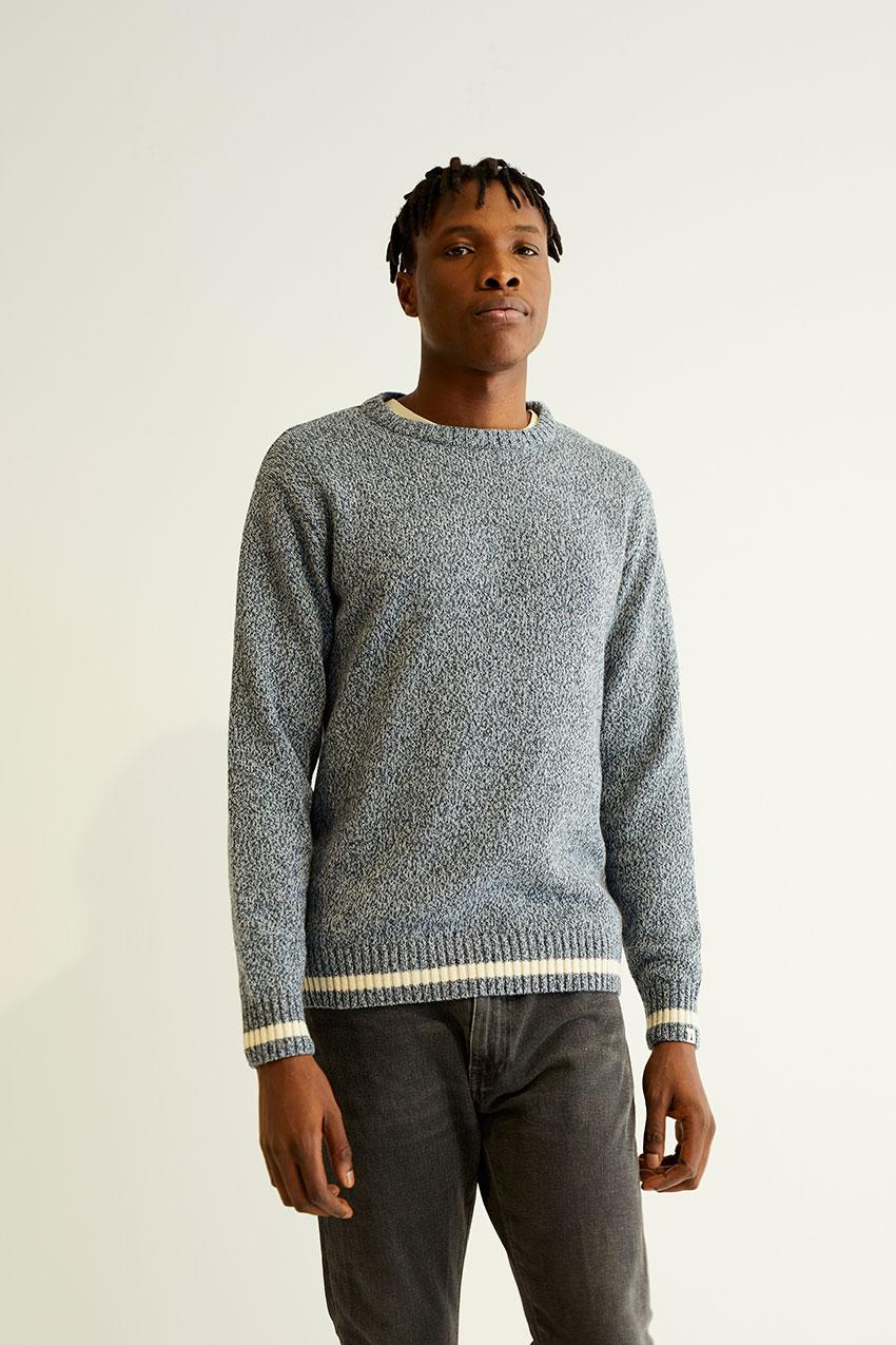 Myacade Sweater 04