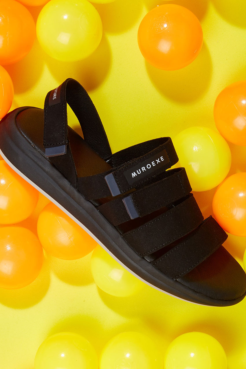 Solar-Breeze-Black-Sandals-Muroexe-06