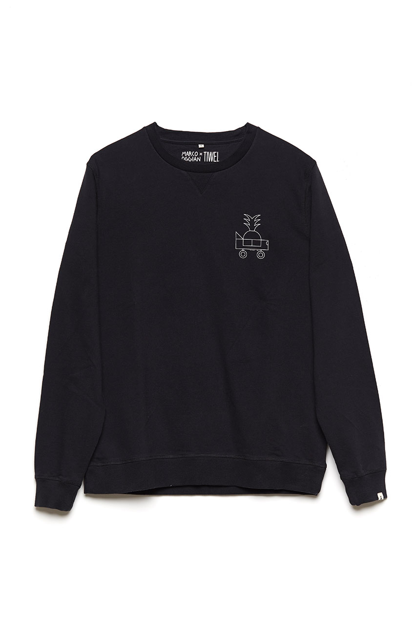 Black Car Sweatshirt Oggian 01