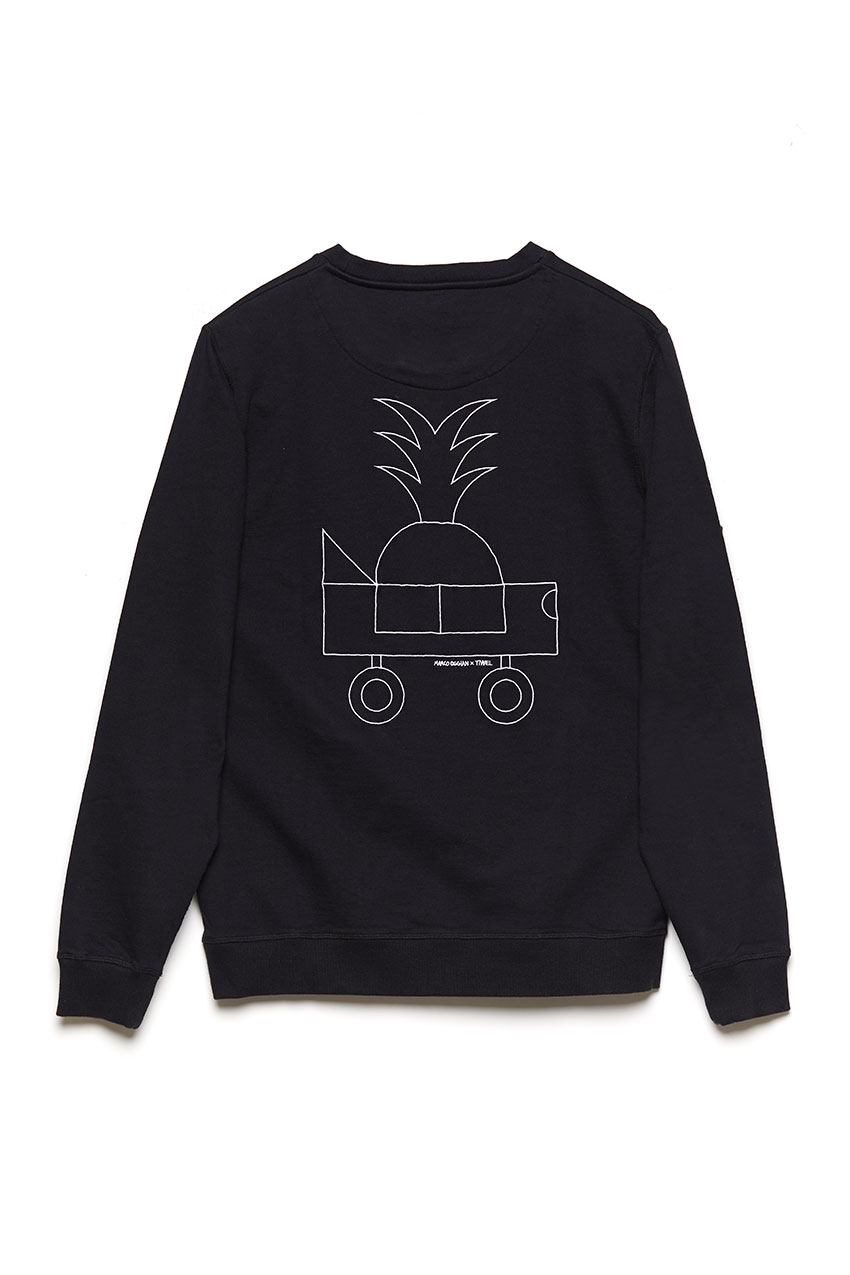 Black Car Sweatshirt Oggian 02