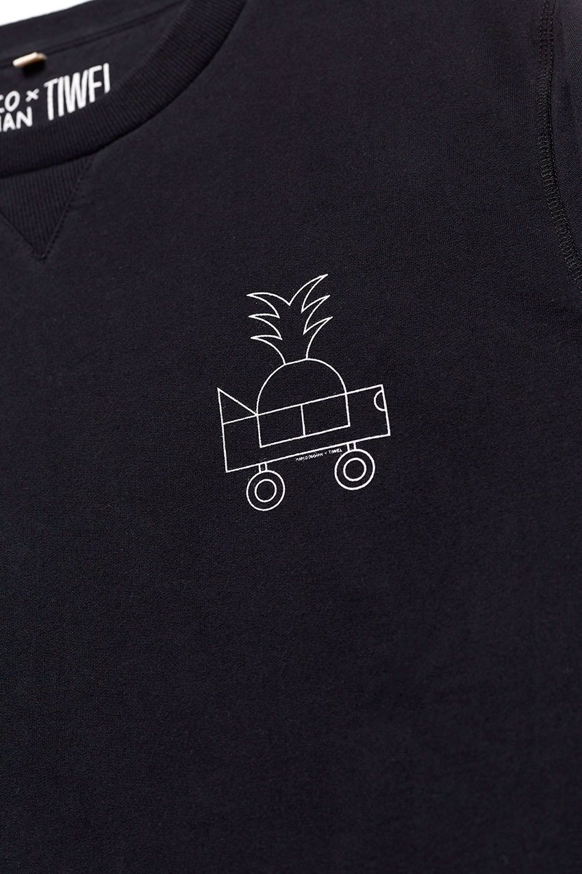Black Car Sweatshirt Oggian 04