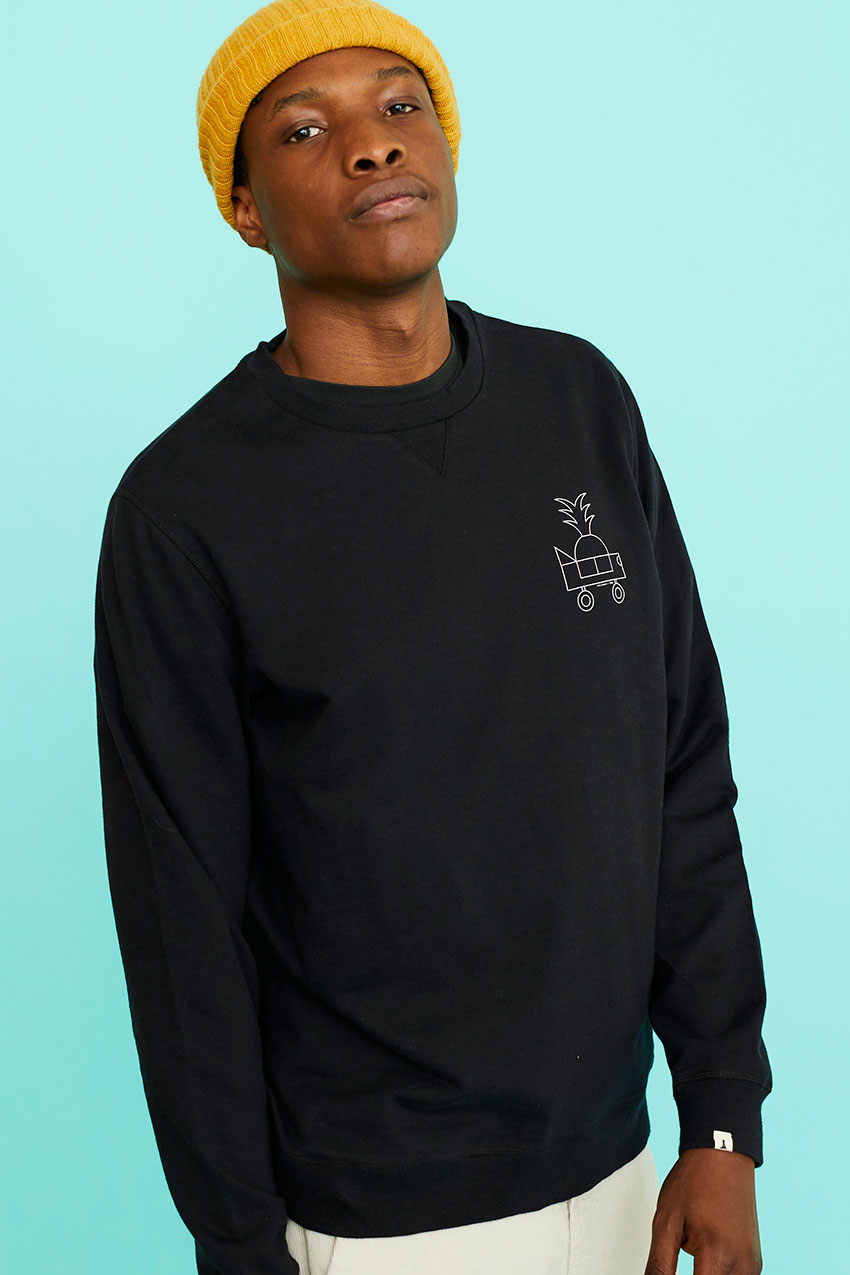 Black Car Sweatshirt Oggian 06
