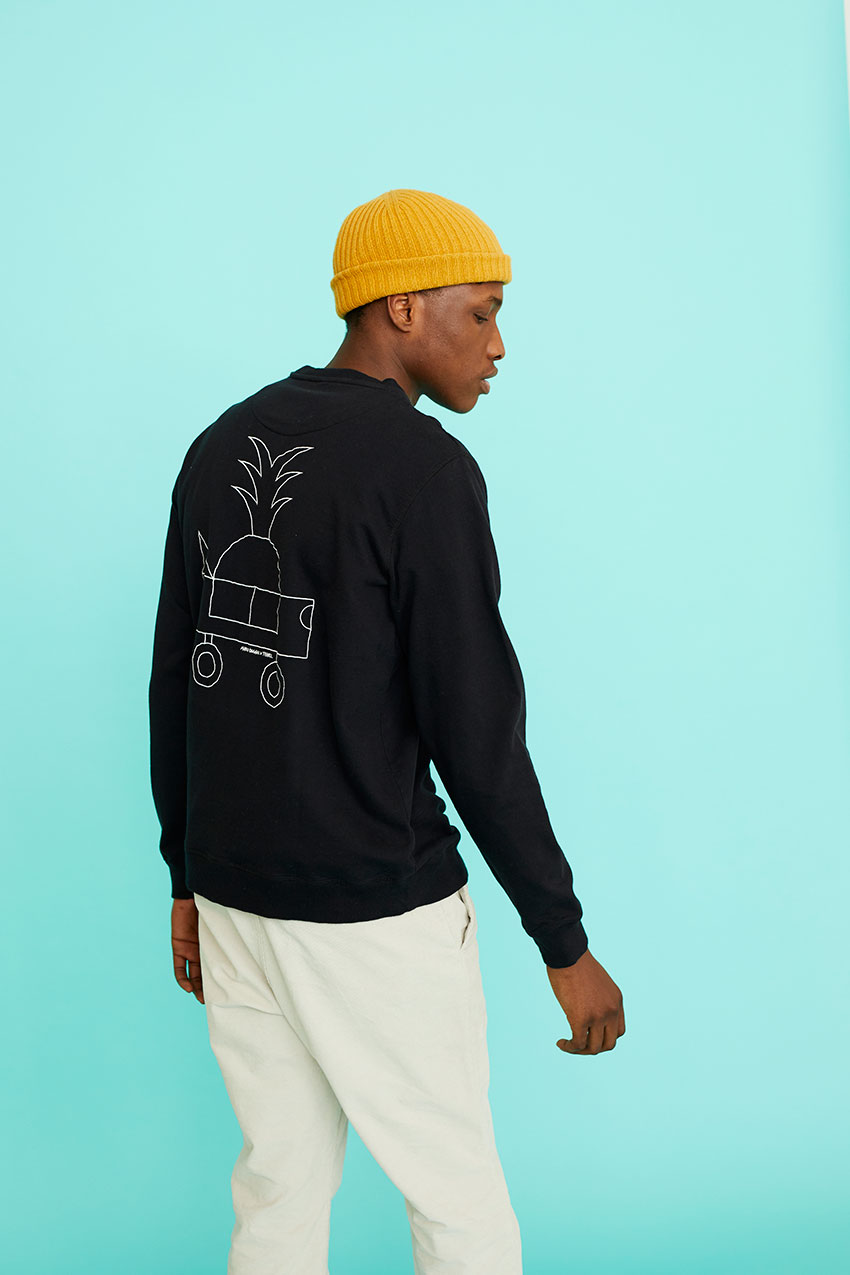 Black Car Sweatshirt Oggian 08