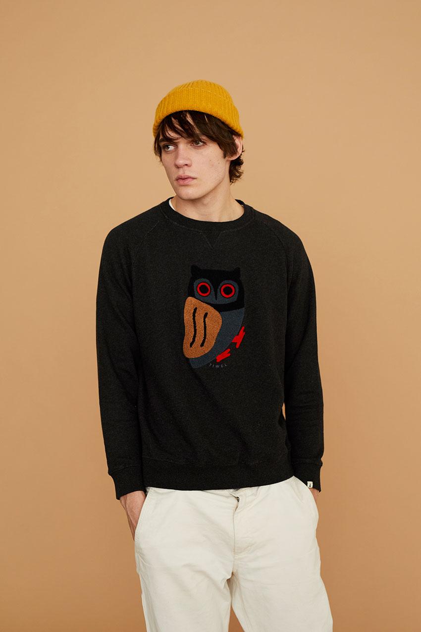 Owl Sweatshirt Pirate Black 05