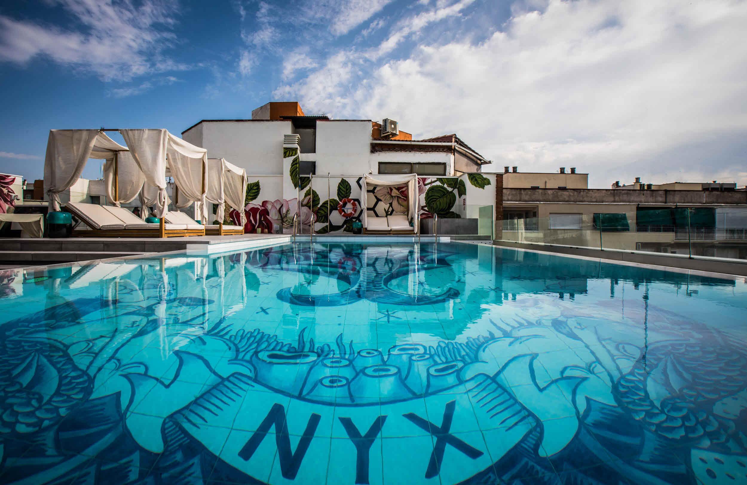 piscina nyx madrid hotel